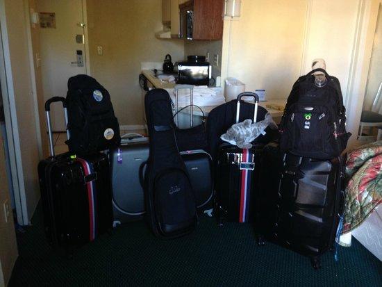 The Enclave Hotel & Suites: Quarto