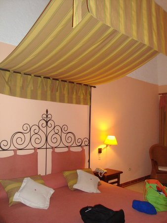 Iberostar Colonial : bedroom