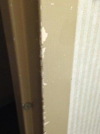 Millennium Cincinnati: bathroom door frame