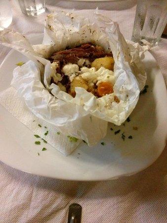 Museum Restaurant : Agnello stufato con verdure e feta