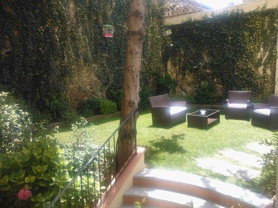 Aurora Hotel : Breakfast area