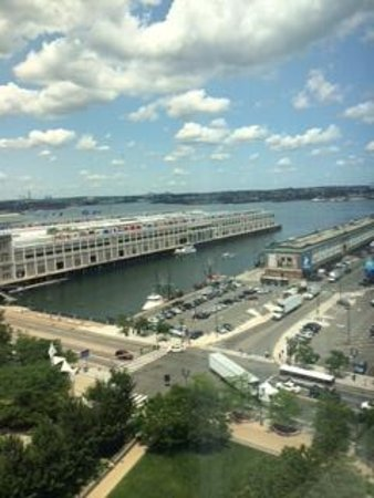 Renaissance Boston Waterfront Hotel: Amazing Views