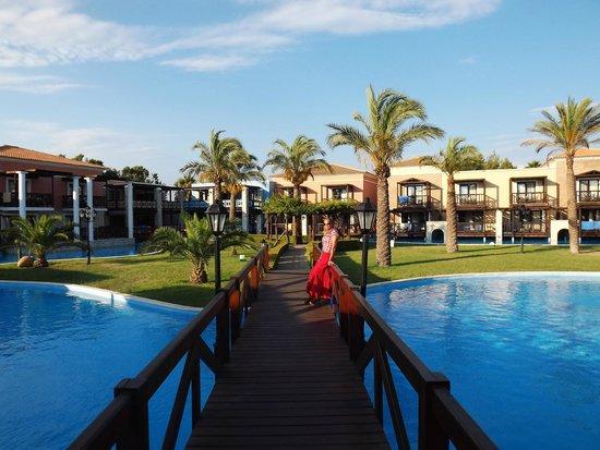 Aldemar Olympian Village: una delle piscine