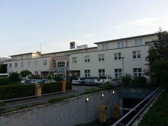 NH Frankfurt Airport: hotel