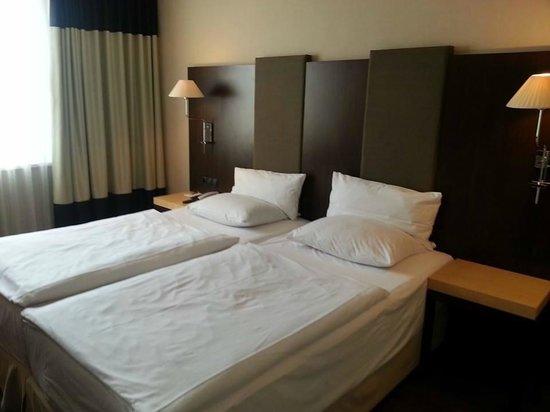 NH Frankfurt Airport: Beds