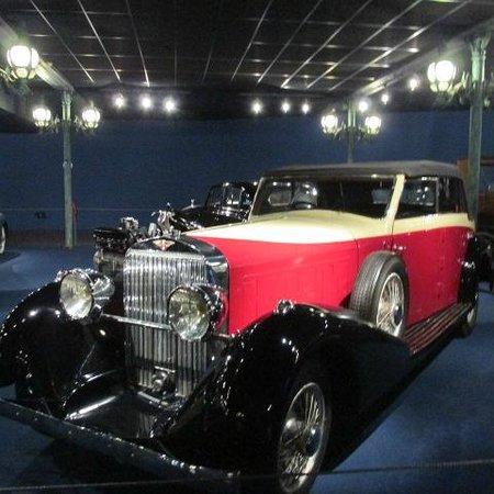 Cité de l'Automobile - Collection Schlumpf : car museum