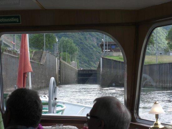 Personen-Schifffahrt Gebr. Kolb: Lock at Wintrich