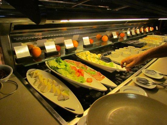 The Westin Denarau Island Resort & Spa Fiji : colazione...