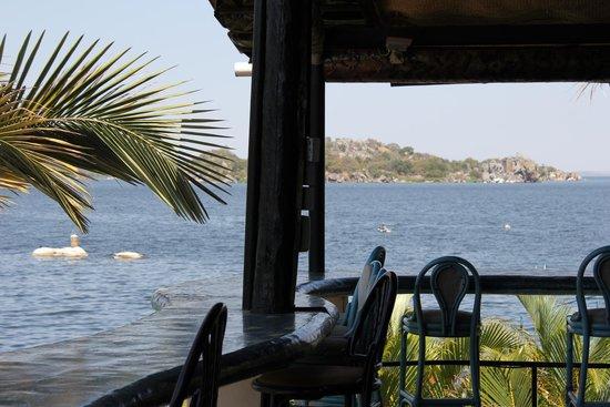 Hotel Tilapia: Restaurant
