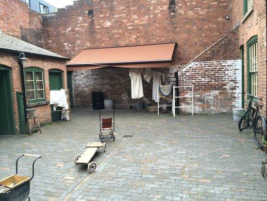 Birmingham Back to Backs: Courtyard