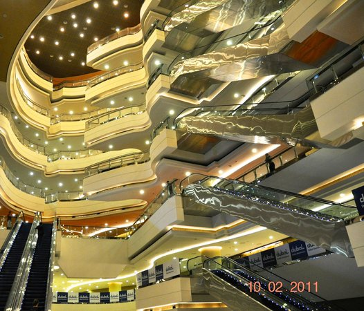 Meydan Racecourse: interno delle tribune