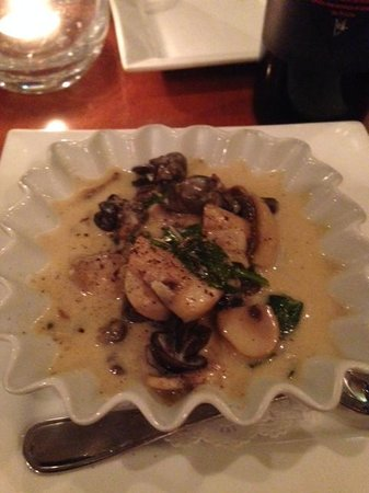 South 202 Mediterranean Cuisine: Escargot