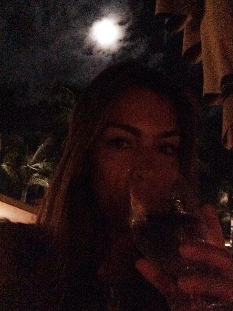 Ferraro's Bar e Ristorante: Cheers!