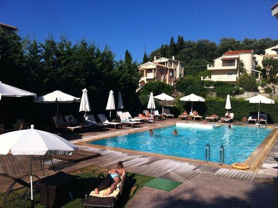 Corfu Mare Boutique Hotel: Pool