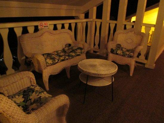 Ephraim Motel: sitting area