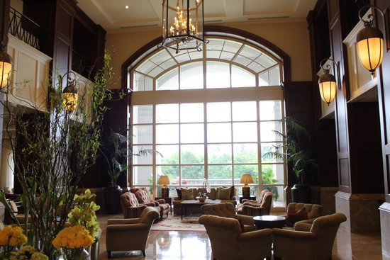 The Ballantyne Hotel and Lodge: Hotel Lobby