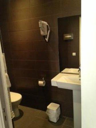 Hotel France d'Antin: bagno