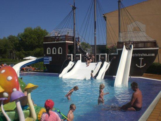 Zafiro Menorca: Pirate pool