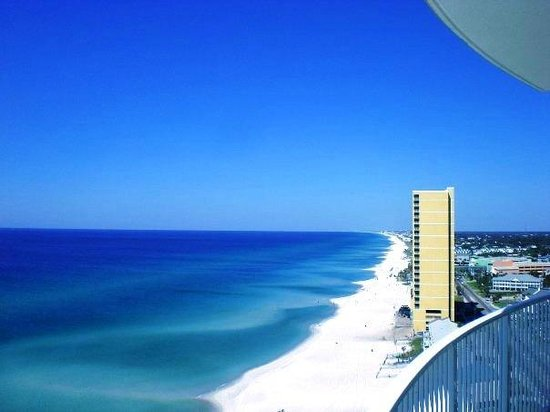 Emerald Isle Resort and Condominiums : View of PCB and in the background Destin from 18th floor