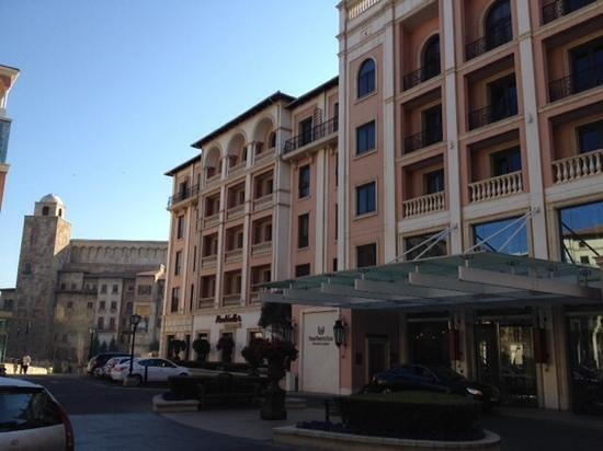 Southern Sun Montecasino : the hotel fron