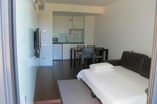 Alvor Baia Resort Hotel: Lounge / kitchen / diner