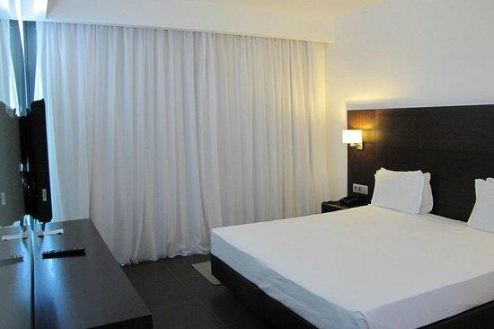 Alvor Baia Resort Hotel: Bedroom