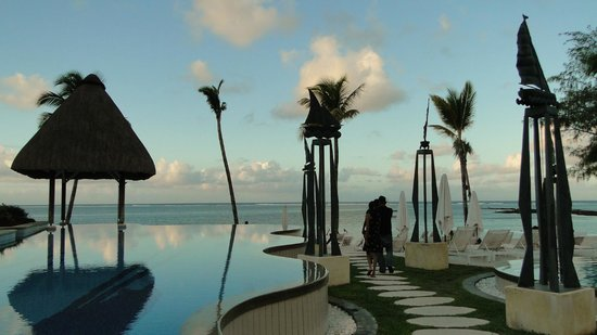 Ambre Resort & Spa: View from the pool area