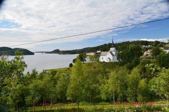 Aure Municipality, Norwegia: Church and Bay