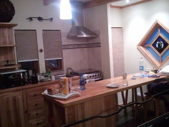 Shenu Patagonia: View of the kitchen