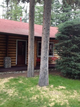 Alpine Village Cabin Resort - Jasper : Cabin D