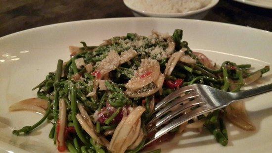 Bla Bla Bla: Midin salad. Oh-so-appetizing!