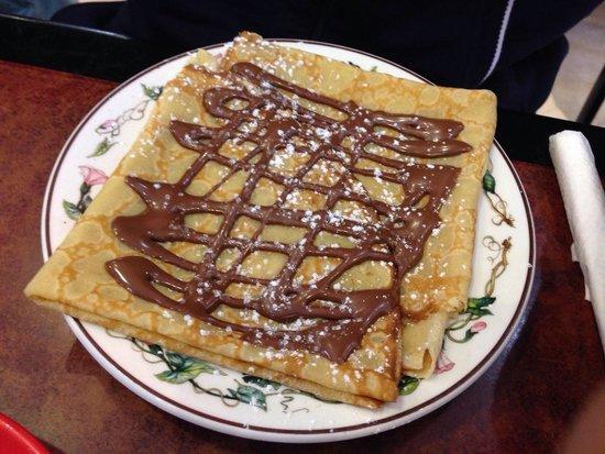 Saint Sauveur : Crêpe au Nutella du Salon de Thé