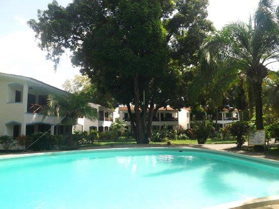 Paradiso Villaggio: The pool