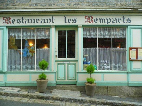 Moncontour, Francja: Bar Crèperie Restaurant
