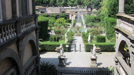 Palazzo Pfanner: Garden from Palace Balcony