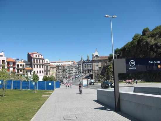 Porto Cathedral (Se Catedral): Subida desde la estacion de San benito a la catedral