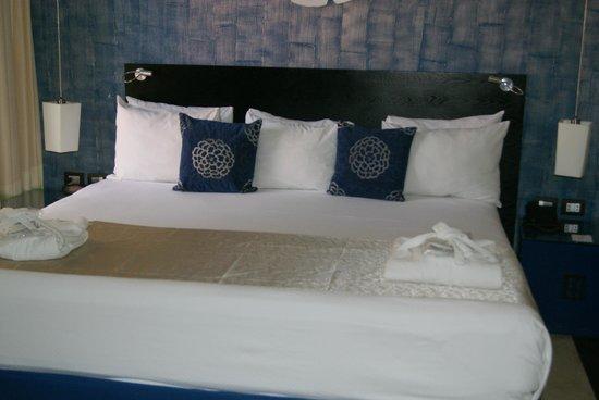 Ocean Maya Royale : bedroom