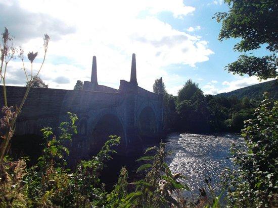Tigh 'n Eilean Guest House: sunset at the wade bridge