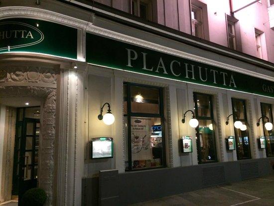 Plachutta Wollzeile: Exterior design