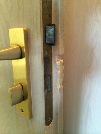 Hotel Hirsch: What happened to the door?