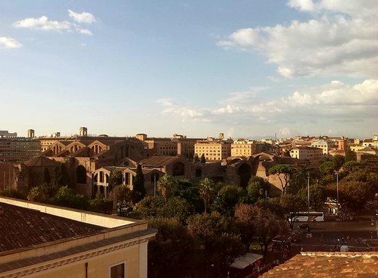 Hotel Nord Nuova Roma : Sta. Mª de los Ángeles, desde la terraza