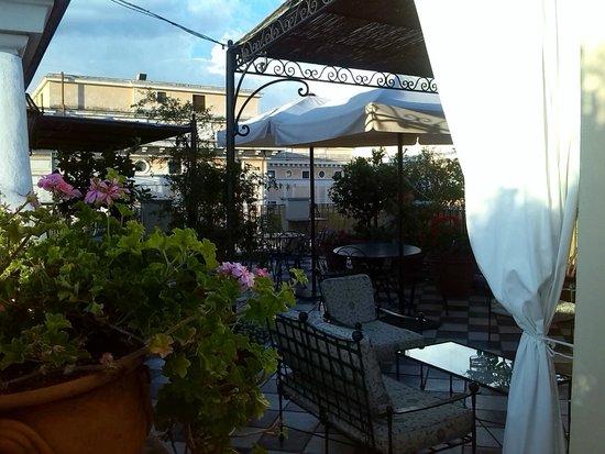 Hotel Nord Nuova Roma : Terraza