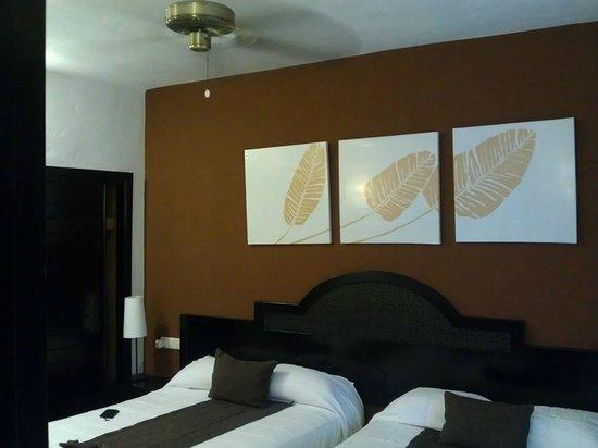 Sirenis Punta Cana Resort Casino & Aquagames: Bedroom