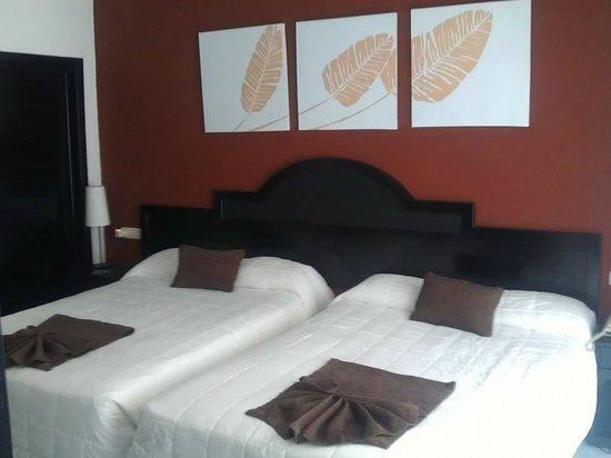 Sirenis Punta Cana Resort Casino & Aquagames : Lovely bedroom Suite
