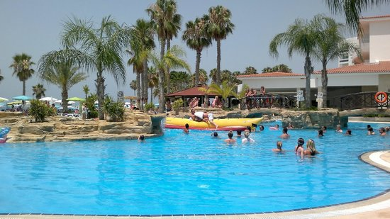 SENTIDO Cypria Bay: swimming pool