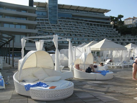 Rixos Hotel Libertas : Cosy deck furniture; looking back at hotel