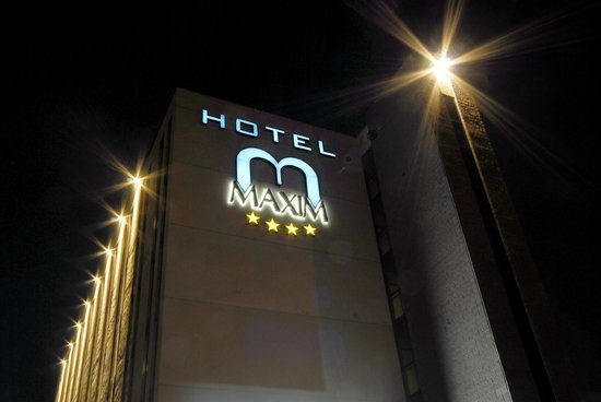 Maxim Hotel: Esterno