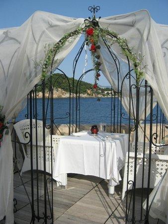 Rixos Hotel Libertas: From deck area