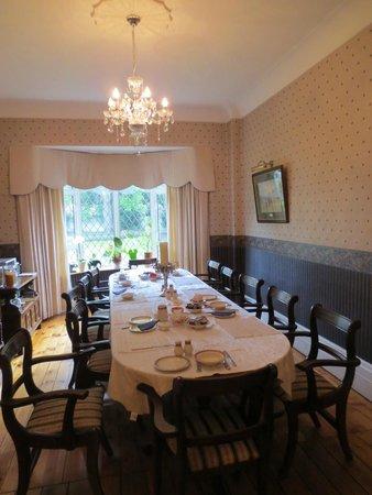 Aaron Court: Dining room