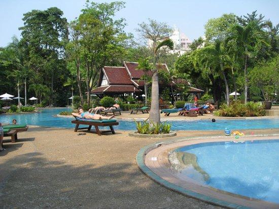 Green Park Resort : территория